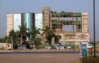 Indien bygger00
