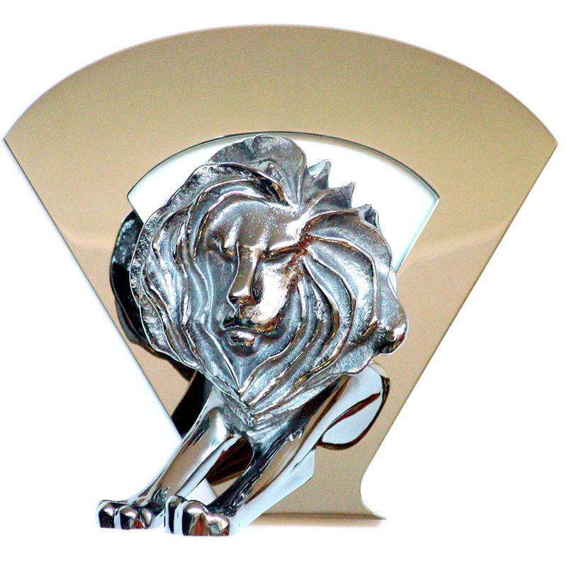 Titanium_Lion_1000